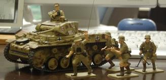 ドイツ・2号戦車G型とドイツアフリカ軍団のフィギュア