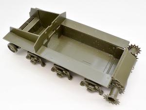 M4A3E8シャーマン イージー・エイト シャーシを箱組