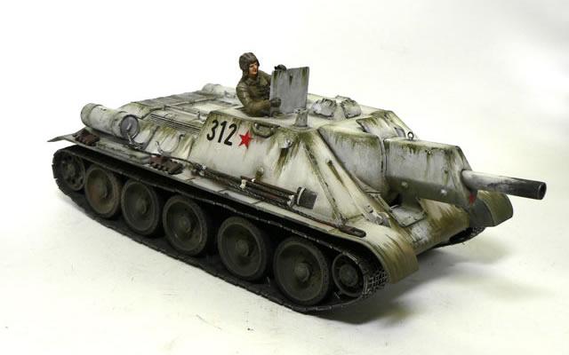 SU-122襲撃砲戦車の仕上げ SU-122襲撃砲戦車の仕上げ 最後の仕上げはウエザリングです。